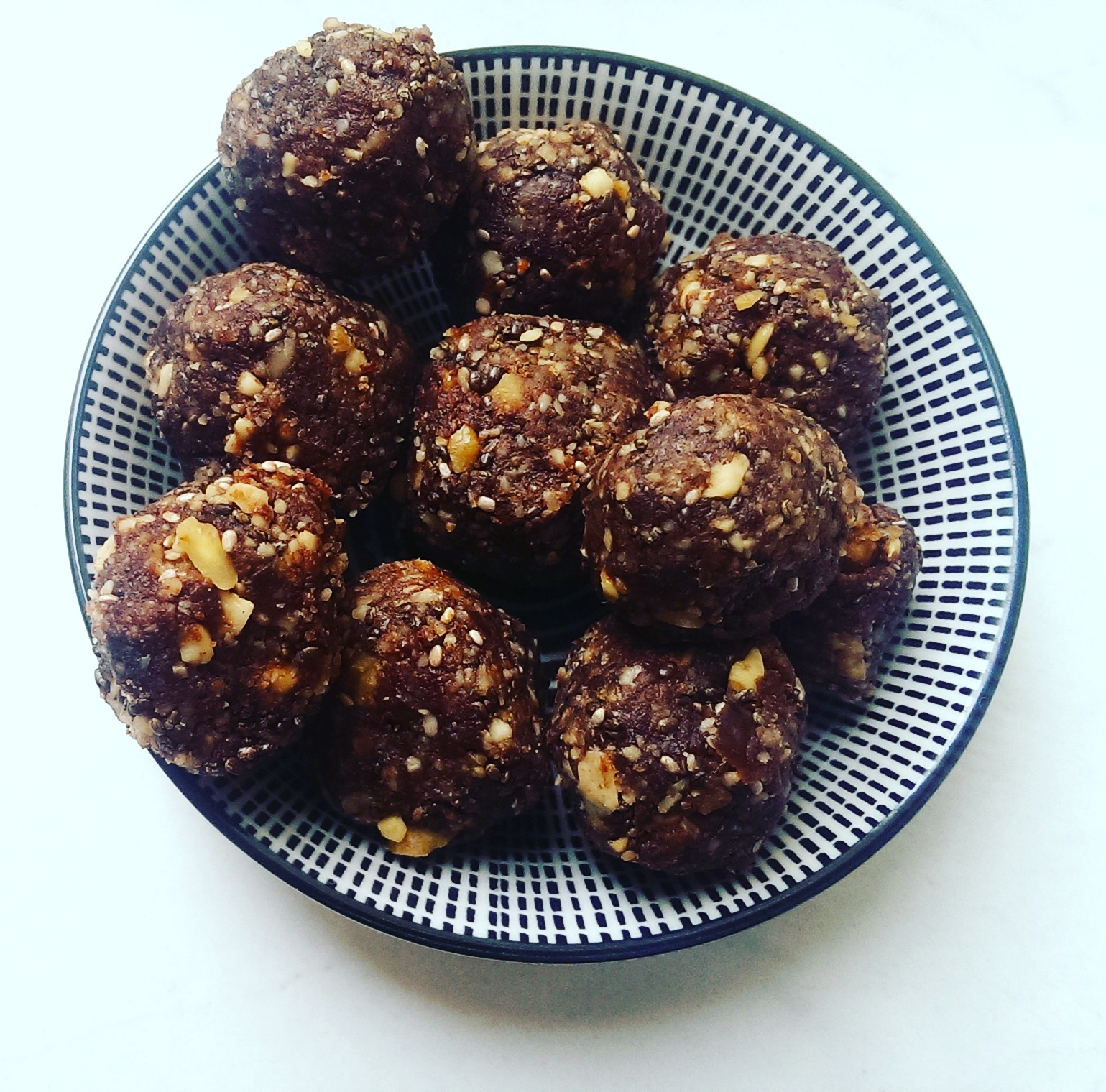 Happy-Energy-Balls