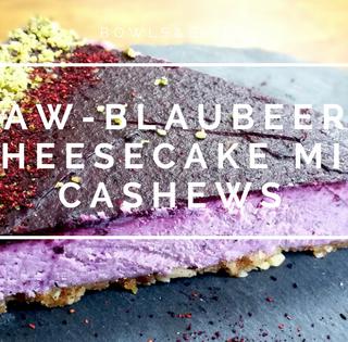 RAW-BLAUBEER-CHEESECAKE MIT CASHEWS