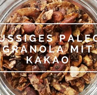 NUSSIGES PALEO-GRANOLA MIT KAKAO