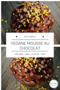 Vegane Mousse au Chocolat aus Avocado, Datteln & Roh-Kakao #vegan #laktosefrei #glutenfrei #paleo by bowlsnbites.com