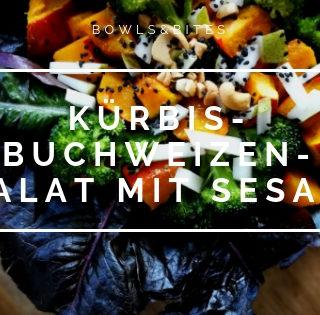 Kürbis-Buchweizen-Salat mit Kohlrabi, Sesam & Cashews . Leckeres Kürbis Rezepte auf bowlsnbites.com